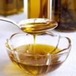 Recettes de bain d'huile pour obtenir des cheveux brillants et doux