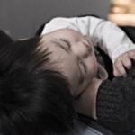 Les huiles essentielles à la rescousse de nos bébés