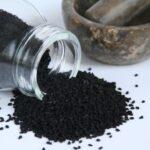 Comment utiliser l'huile de nigelle en cosmétique ? Le dossier complet